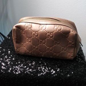Gucci. Pink Pearl Guccissima small cosmetic pouch
